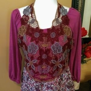 Lulumari top size large Juniors